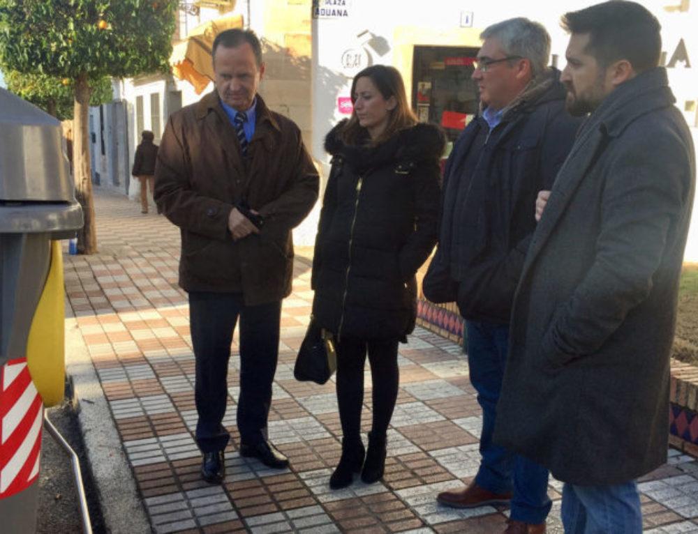 Los 15 municipios del Consorcio del Guadiel incorporarán 180 contenedores pensados para personas con movilidad reducida