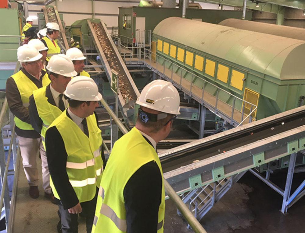 La planta de tratamiento de residuos Jaén-Sierra Sur se automatiza para duplicar las toneladas de material recuperado