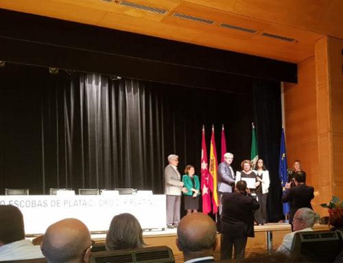 """La Diputación de Jaén y la empresa RESURJA reciben el premio """"Escoba de oro"""" y """"Escoba de plata"""""""