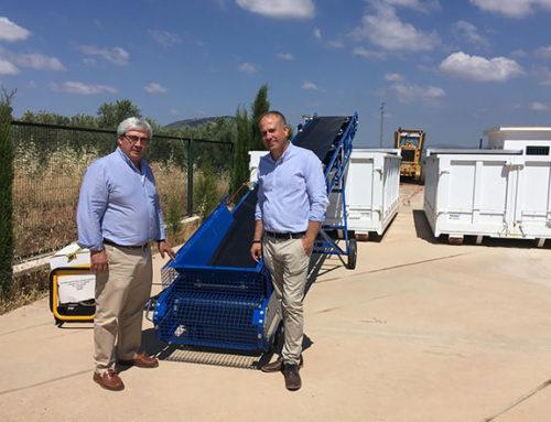 La Diputación instala 29 cintas transportadoras para facilitar el depósito de escombros en puntos de acopio de la provincia