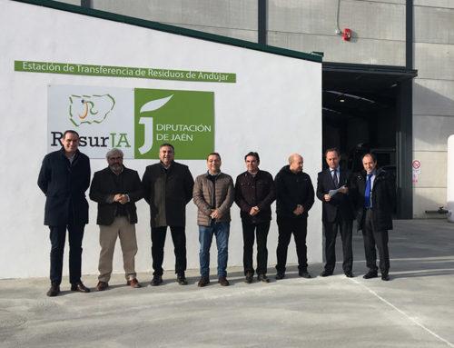 El diputado de Servicios Municipales inaugura una nave taller construida en la estación de transferencia de residuos de Andújar