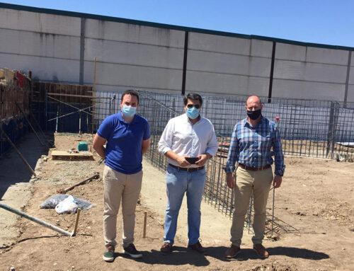 El diputado de Servicios Municipales visita en Marmolejo el futuro punto de acopio de residuos de la construcción y la demolición (RCD)