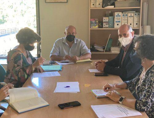 Diputación y Ayuntamiento de Cazorla constituyen una comisión de servicios públicos de residuos en esta localidad